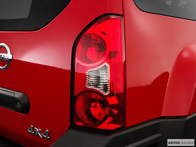 2009 Nissan Xterra Passenger Side Taillight