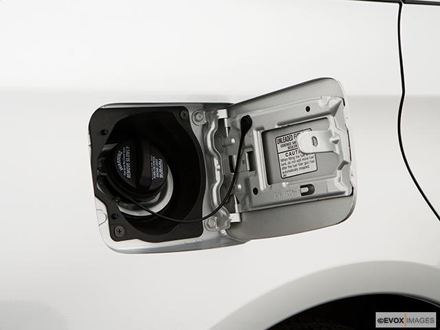 2009 Subaru Impreza Gas cap open