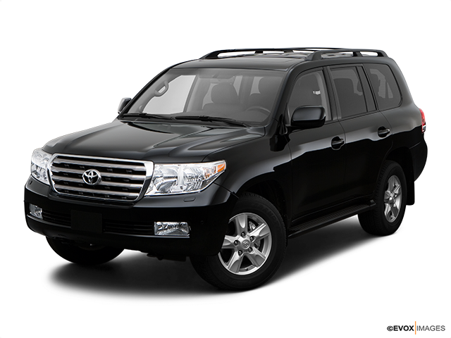 2009 Toyota Land Cruiser Front angle view