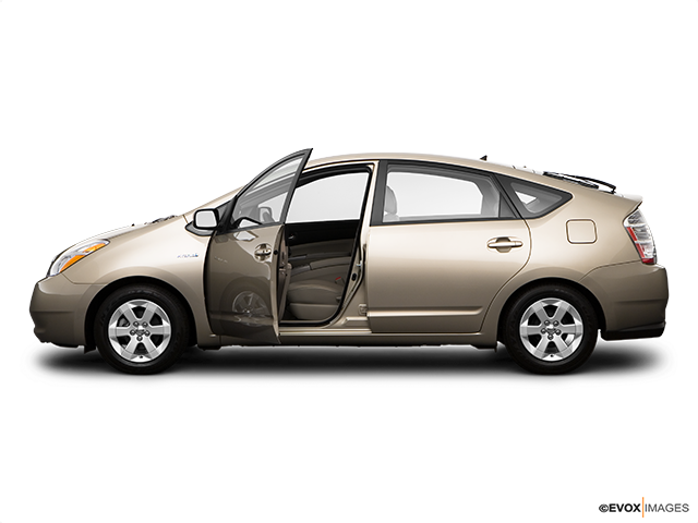 2009 Toyota Prius Driver's side profile with drivers side door open