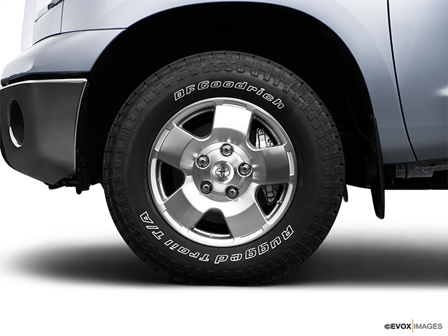2009 Toyota Tundra Front Drivers side wheel at profile