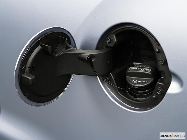 2009 Toyota Tundra Gas cap open
