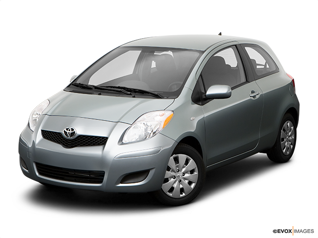 2009 Toyota Yaris Front angle view