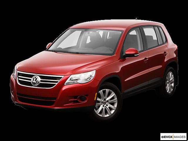 2009 Volkswagen Tiguan Front angle view