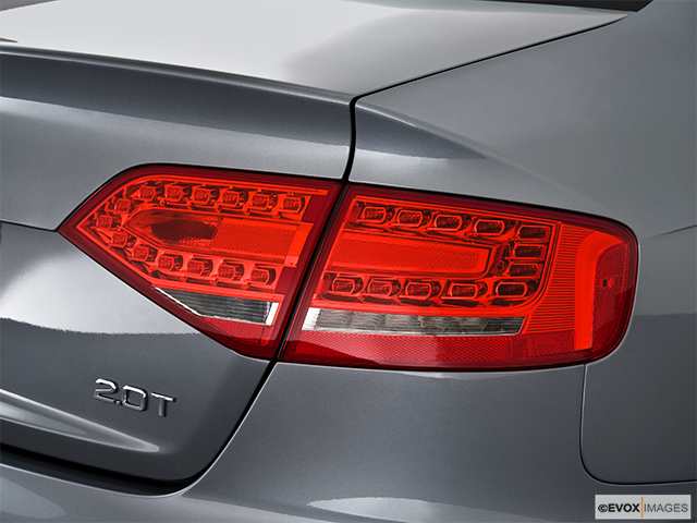 2010 Audi A4 Passenger Side Taillight