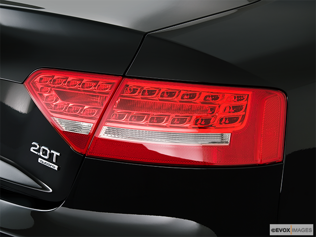 2010 Audi A5 Passenger Side Taillight