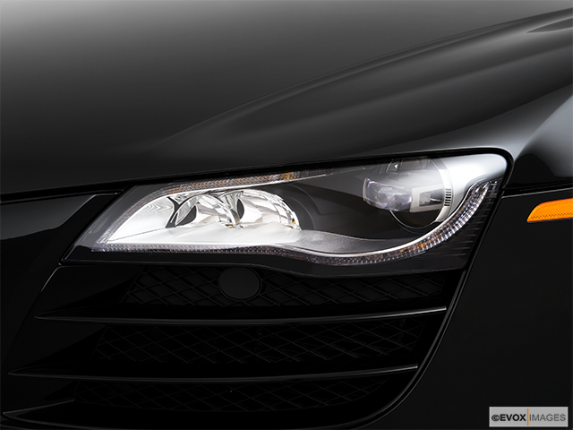 2010 Audi R8 Drivers Side Headlight