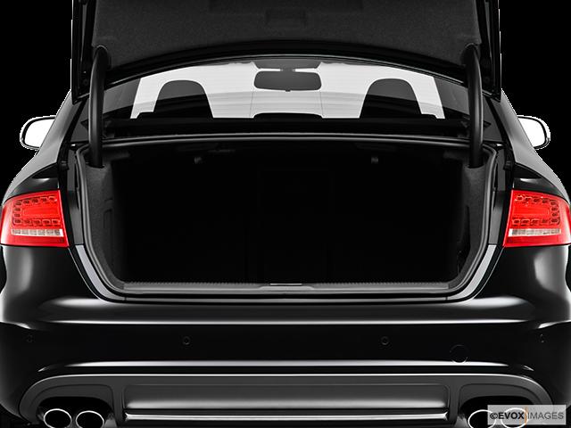 2010 Audi S4 Trunk open