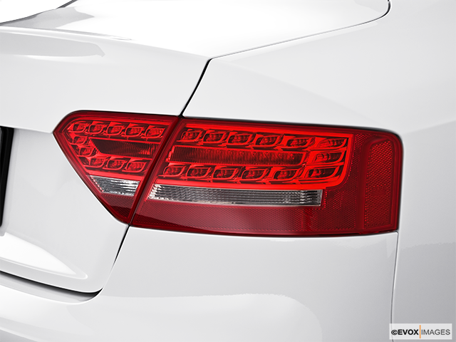 2010 Audi S5 Passenger Side Taillight