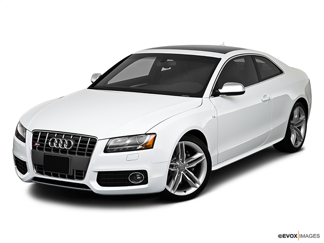 2010 Audi S5 Front angle view