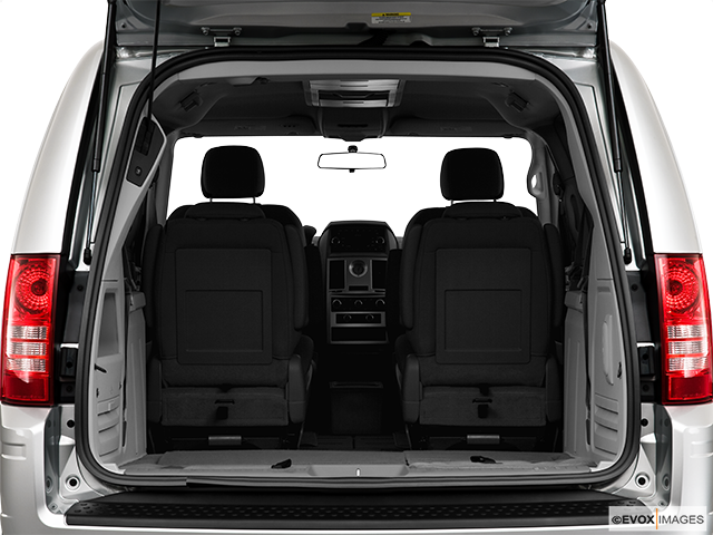 2010 Chrysler Town and Country Trunk open