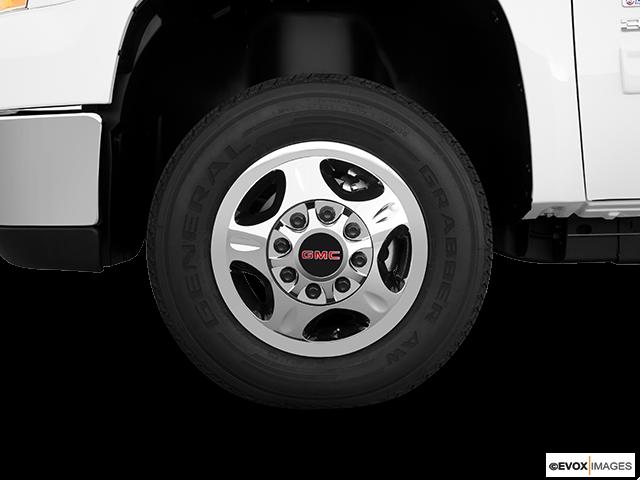 2010 GMC Sierra 3500HD Front Drivers side wheel at profile