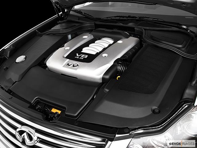 2010 INFINITI M45 Engine