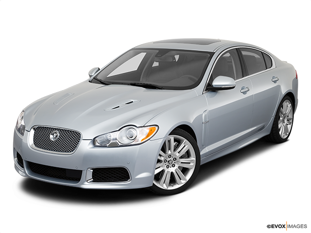 2010 Jaguar XF Front angle view