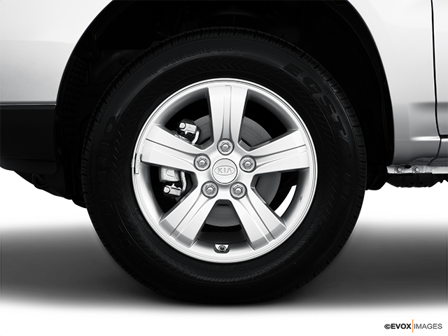 2010 Kia Sportage Front Drivers side wheel at profile