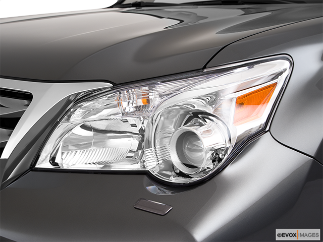 2010 Lexus GX 460 Drivers Side Headlight