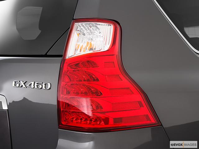 2010 Lexus GX 460 Passenger Side Taillight