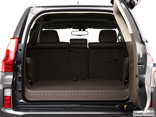 2010 Lexus GX 460 Trunk open