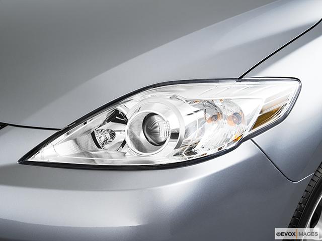 2010 Mazda Mazda5 Drivers Side Headlight