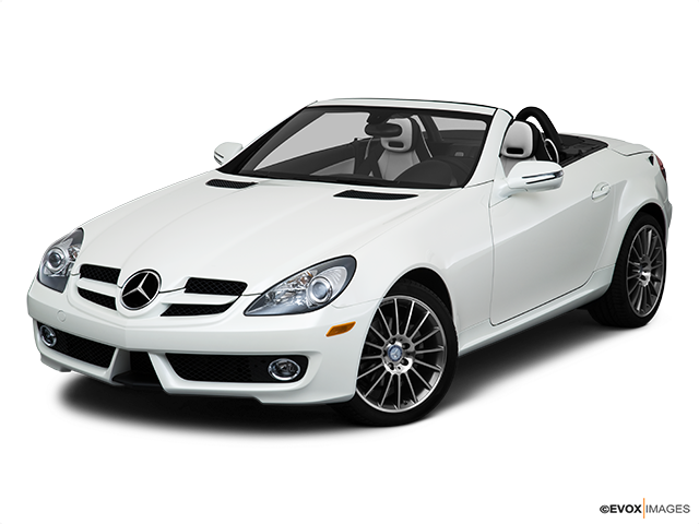 2010 Mercedes-Benz SLK Front angle view
