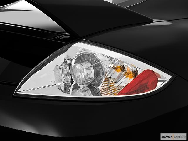 2010 Mitsubishi Eclipse Passenger Side Taillight
