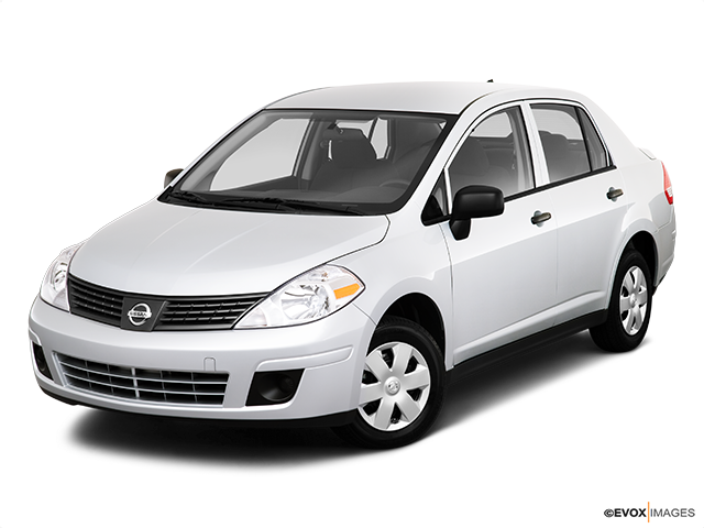 2010 Nissan Versa Front angle view
