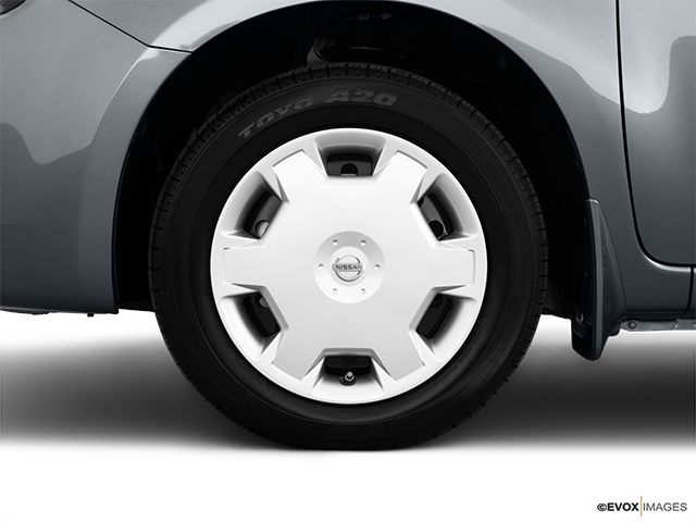 2010 Nissan cube Front Drivers side wheel at profile