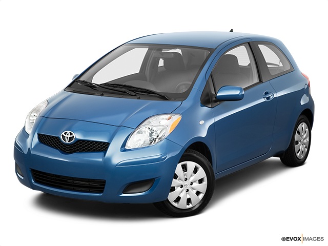 2010 Toyota Yaris Front angle view
