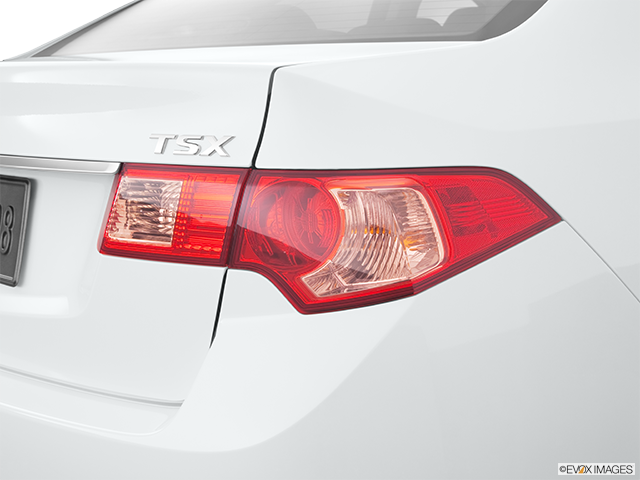 2011 Acura TSX Passenger Side Taillight