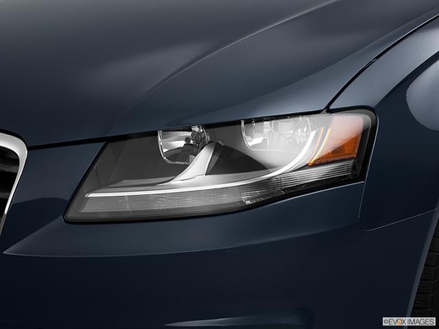 2011 Audi A4 Drivers Side Headlight