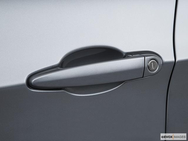 2011 BMW 3 Series Drivers Side Door handle