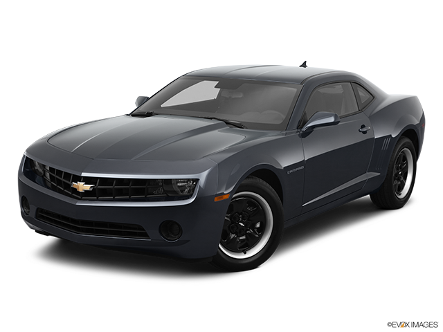 2011 Chevrolet Camaro Front angle view