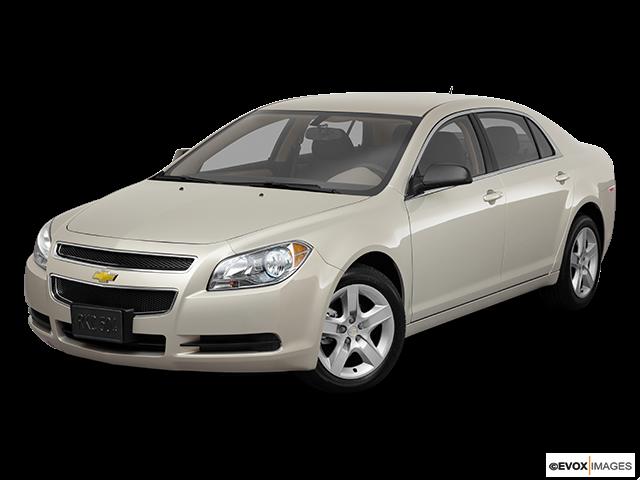 2011 Chevrolet Malibu Front angle view