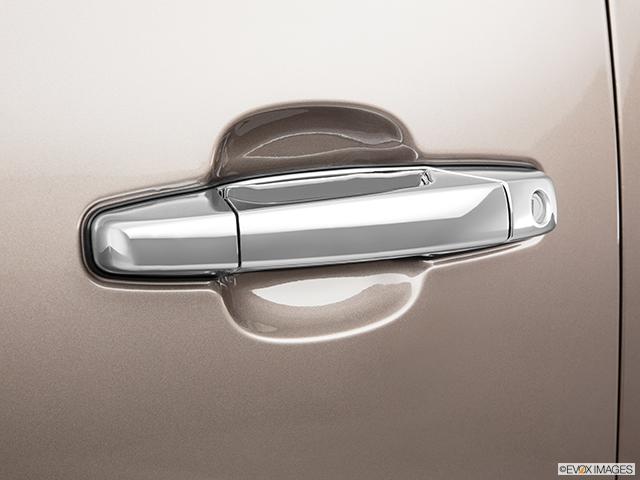 2011 Chevrolet Tahoe Drivers Side Door handle
