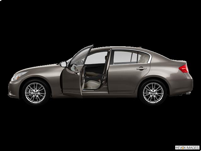 2011 INFINITI G37 Sedan Driver's side profile with drivers side door open