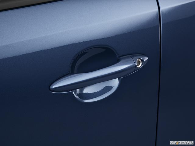 2011 Kia Sportage Drivers Side Door handle