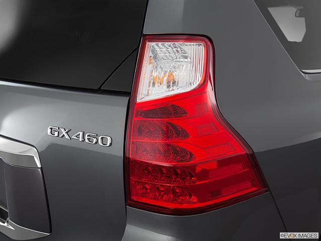 2011 Lexus GX 460 Passenger Side Taillight