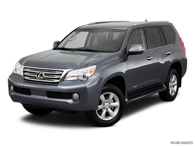2011 Lexus GX 460 Front angle view