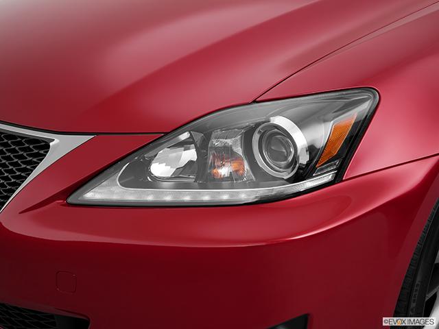 2011 Lexus IS 250 Drivers Side Headlight