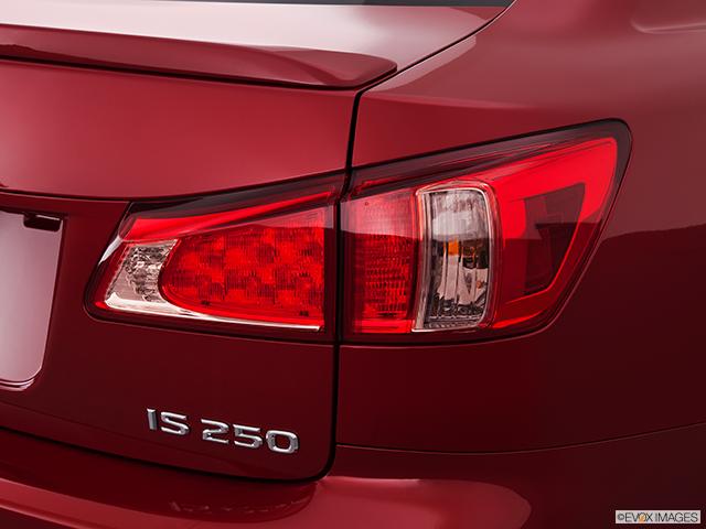 2011 Lexus IS 250 Passenger Side Taillight