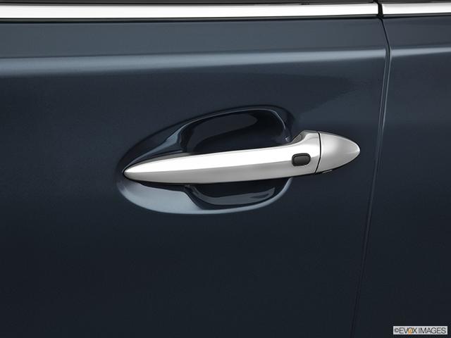 2011 Lexus LS 460 Drivers Side Door handle