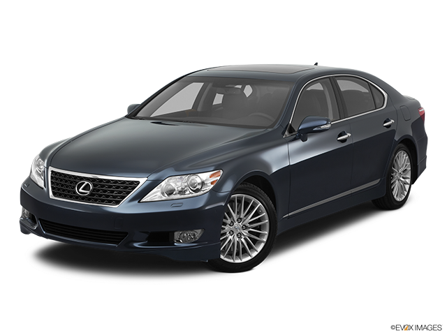 2011 Lexus LS 460 Front angle view