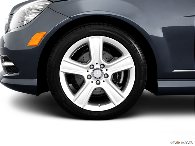 2011 Mercedes-Benz C-Class Front Drivers side wheel at profile