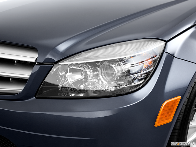 2011 Mercedes-Benz C-Class Drivers Side Headlight
