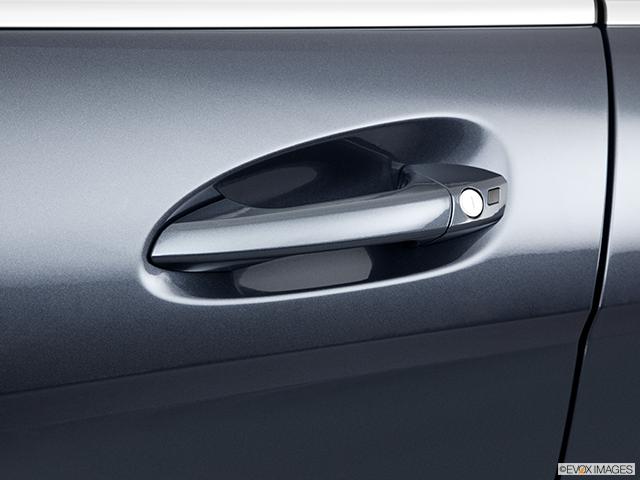 2011 Mercedes-Benz C-Class Drivers Side Door handle