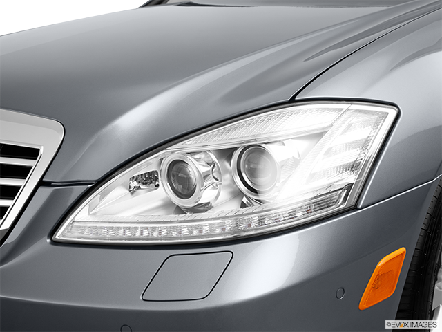 2011 Mercedes-Benz S-Class Drivers Side Headlight
