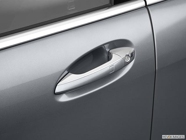2011 Mercedes-Benz S-Class Drivers Side Door handle