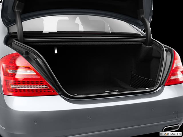 2011 Mercedes-Benz S-Class Trunk open