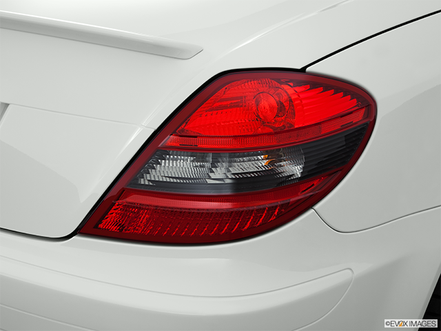 2011 Mercedes-Benz SLK Passenger Side Taillight