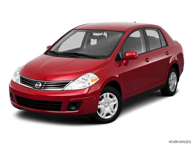 2011 Nissan Versa Front angle view